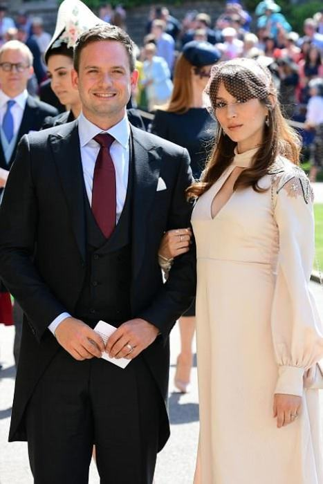 Патрик Адамс с супругой.