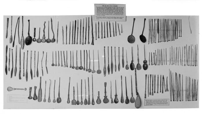 Так выглядели первые хирургические инструменты.