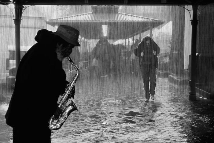 «Одинокий саксофон»: мелодия Микаэла Таривердиева, которая бередит душу.