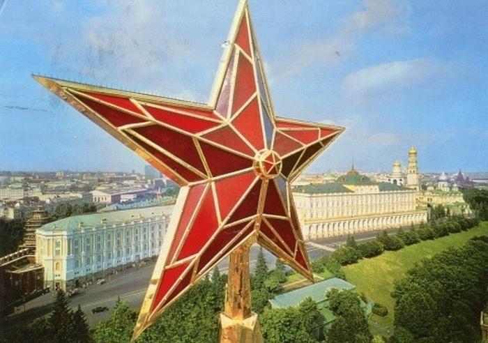 Красная звезда, Олимпийский Мишка и другие: Как появились самые известные символы СССР.