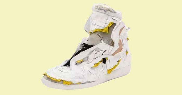 Рваные кроссовки Margiela.
