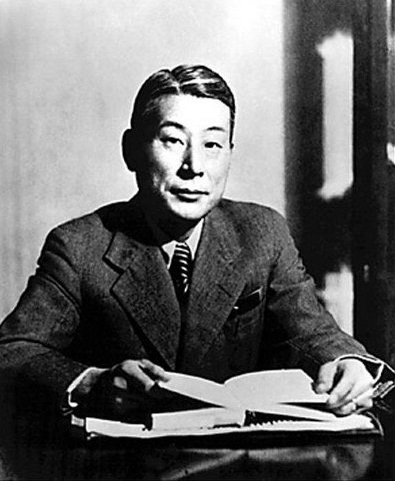 Тиунэ Сугихара.
