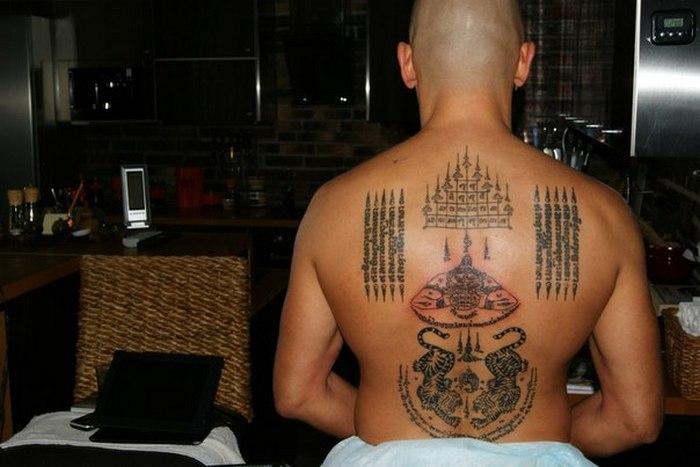 Тайские татуировки - традиции буддизма.