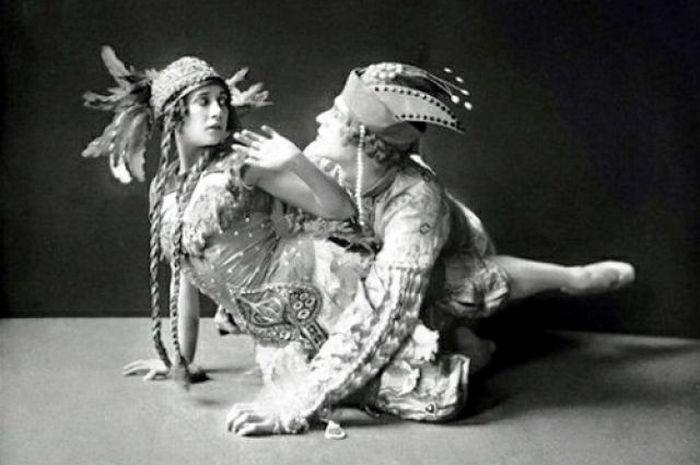 Тамара Карсавина на сцене.