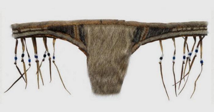 Гренландские меховые стринги.