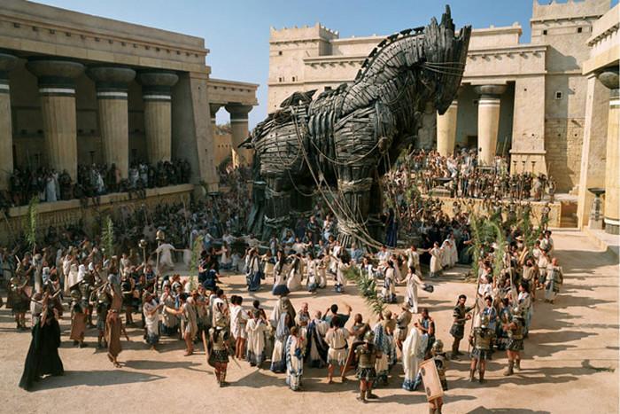 Что потерял мир, когда греки завоевали Трою, а арии — дравидов.