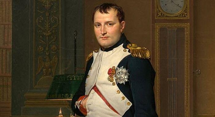 Наполеон - император, которого разобрали на части.