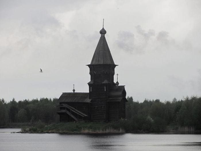 Успенский храм незадолго до пожара.