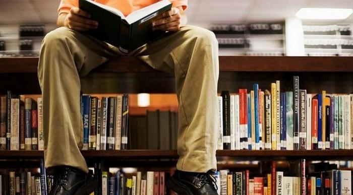 Как выжить в книжном магазине и выбрать идеальную книгу.