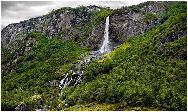 Лев Грановский. Водопад (Норвегия)