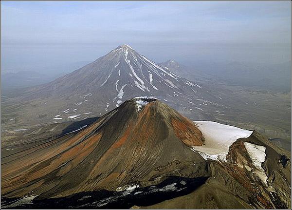 Лев Грановский. Домашние вулканы (Камчатка).
