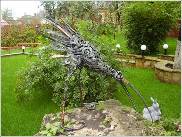 Александр Безручко. Птица (Парковая скульптура)