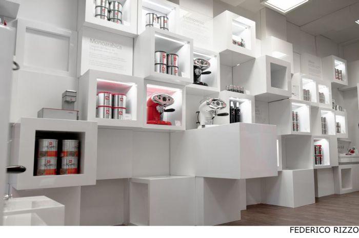 Illy Temporary Shop - трансформируемый бутик-инсталляция бренда Illy в Милане (Италия)