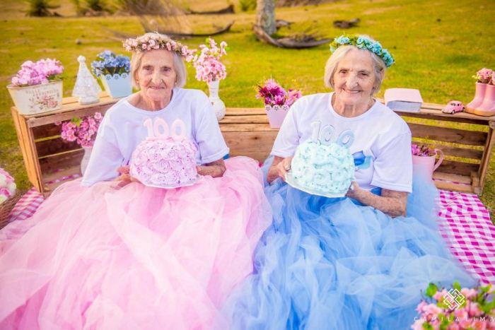 Сестры-близняшки готовятся отпраздновать 100-летний юбилей.