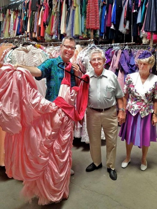 В коллекции Пола Брокмана 55 тысяч старинных платьев