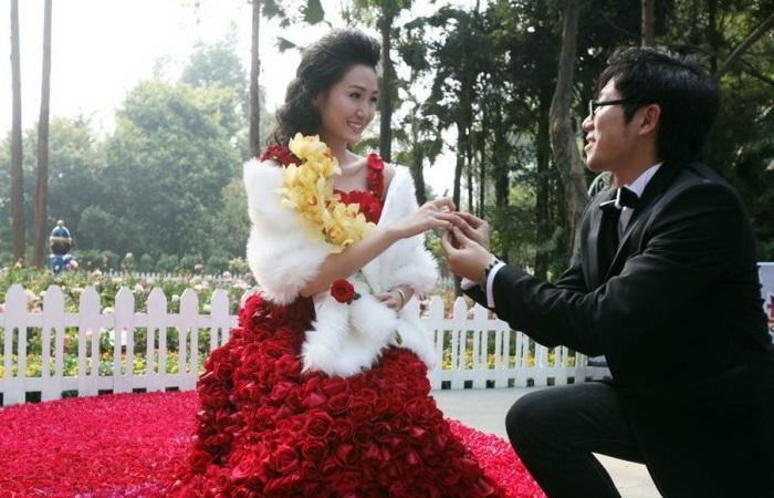 Ксяо предложил руку и сердце возлюбленной