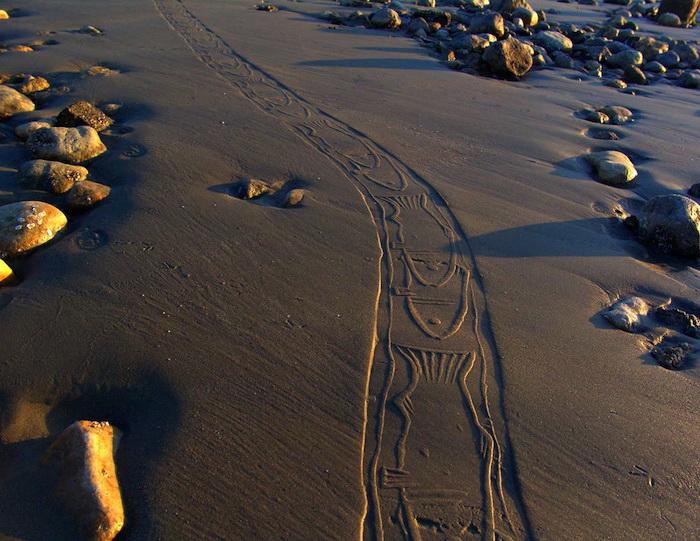 Узоры на песке от художника Ахмада Надалиана (Ahmad Nadalian)