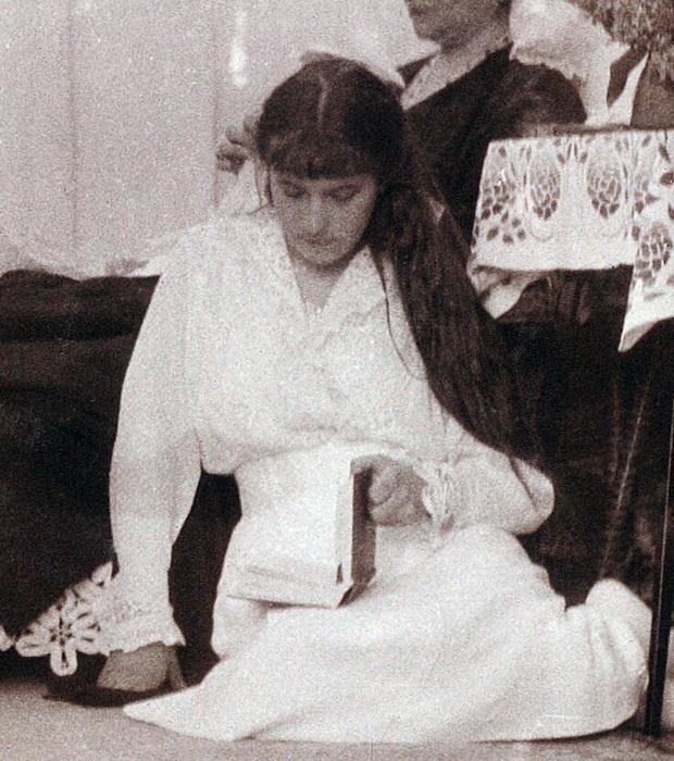 Великая княжна Анастасия, около 1912 г.