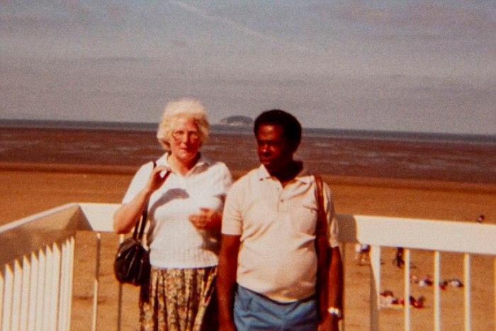 Дорин и Эндрю вынуждены были долго скрывать свои отношения от родственников.