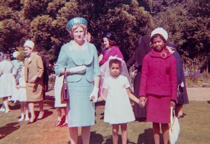 Дорин с дочерью и племянницей.
