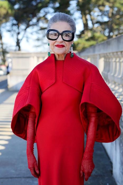 Женщина-вамп: смелое дизайнерское решение