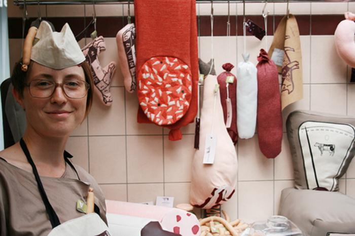 Сильвия Уальд и ее многочисленные *мясные* изделия