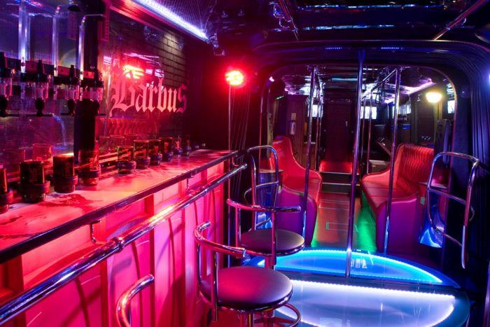 Суперсовременный ночной клуб Barbus Maxi