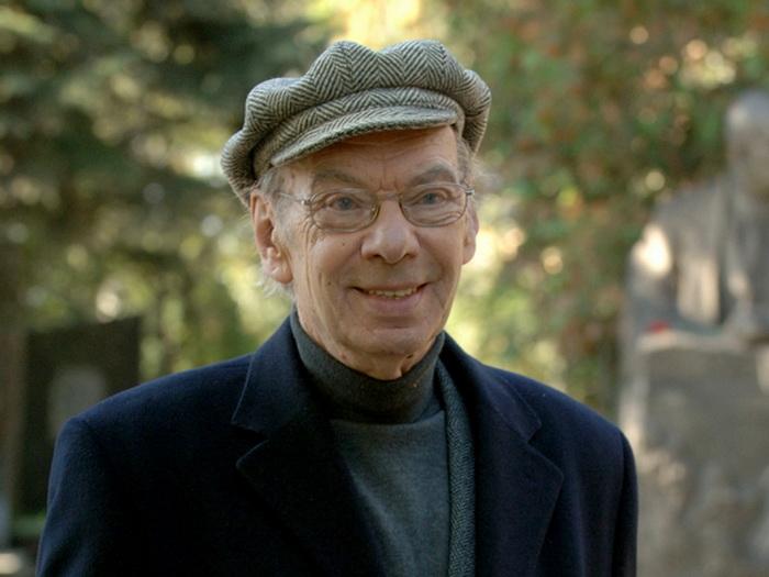 Алексей Баталов - советский и российский актер, сценарист, режиссер.