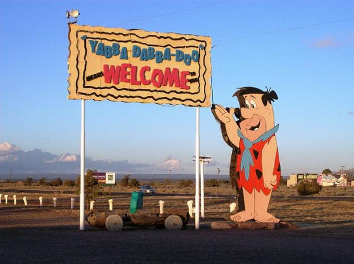 В гостях у Флинстоунов: городок Бедрок в Северной Аризоне