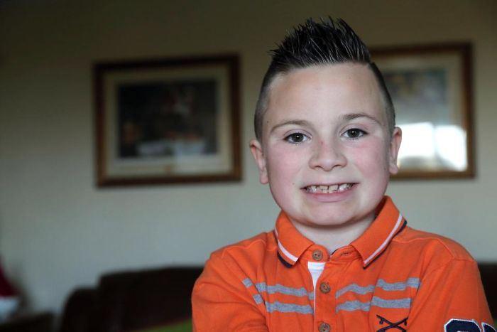 Старший сын Джек. 10 лет. Страдает аутизмом.