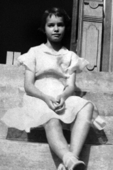 Детское фото Бетти Пейдж