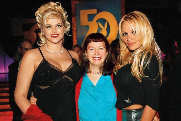 Бетти Пейдж на вечеринке Playboy
