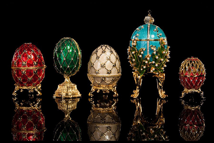 Пасхальные яйца, изготовленные ювелирным домом Карла Фаберже.