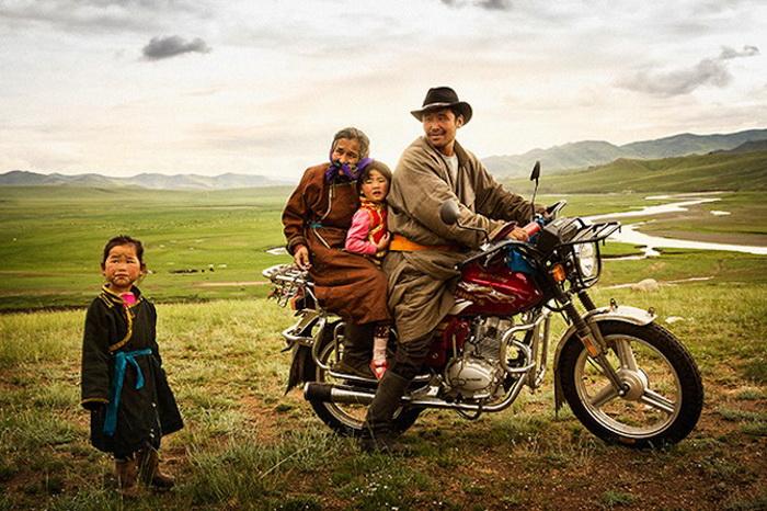Фотоцикл о кочевой культуре жителей Монголии