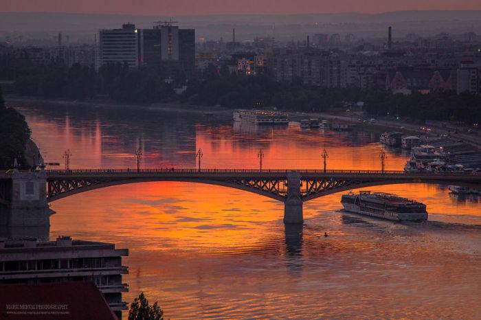 Речные прогулки по Дунаю - любимое развлечение туристов