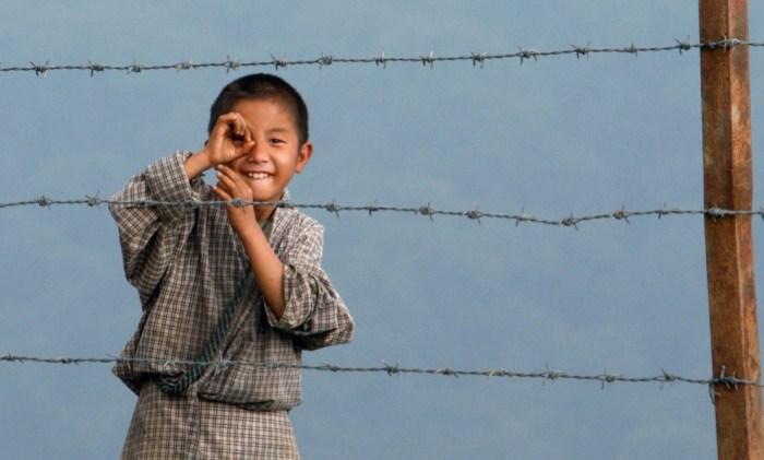 Ребенок впервые увидел фотокорреспондента