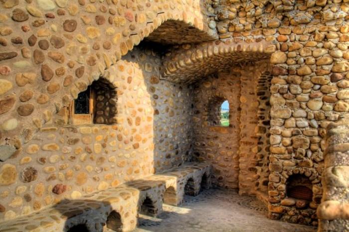 *Пещерный замок* Серафина Вилларана