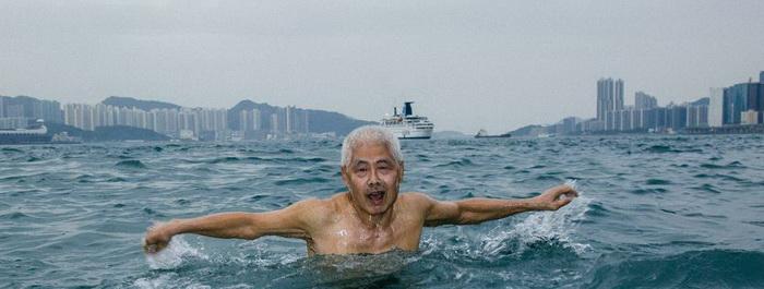 Чан Хак-чи ежедневно плавает на протяжении последних 44 лет.