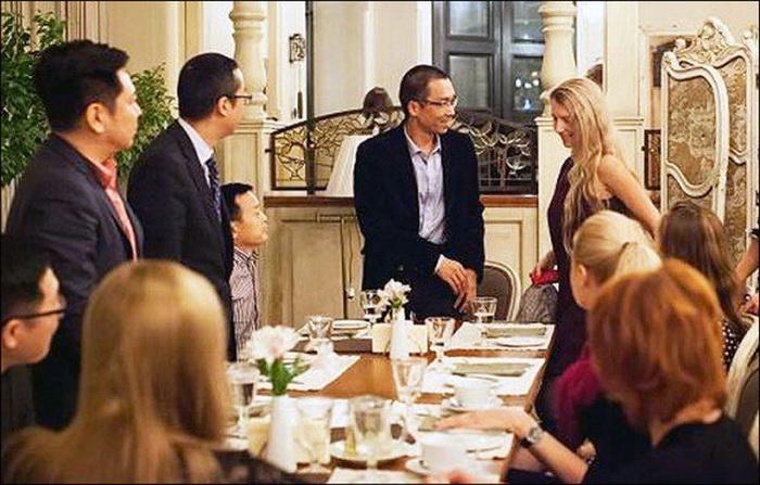 Встреча за ужином