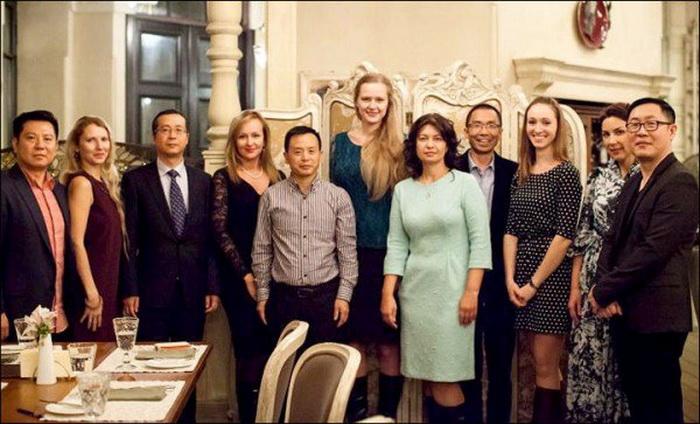 Невесты из Новосибирска: брачный тур для китайцев
