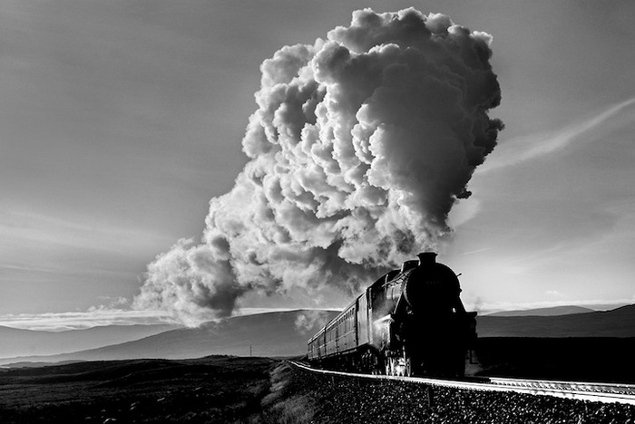 Потрясающие фотографии поездов от Робина и Талисина Кумбс
