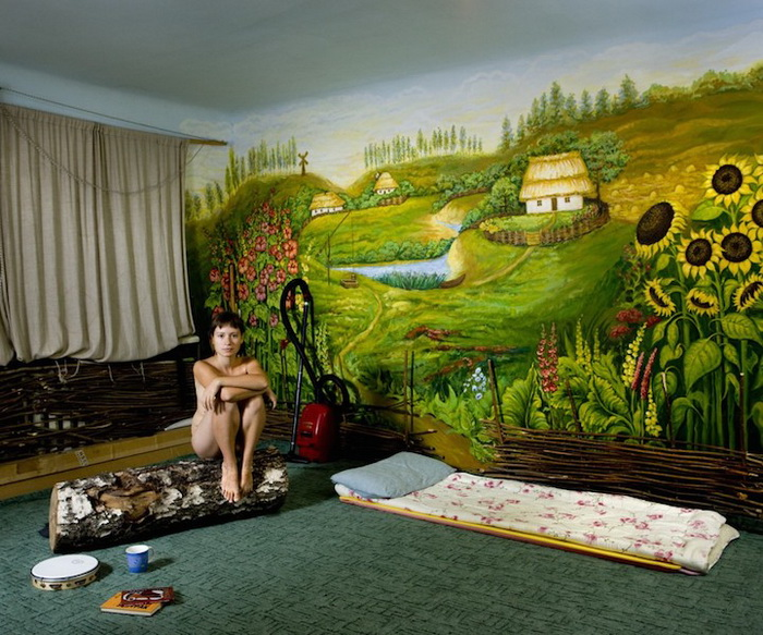 Каучсерфинг: Лена, г. Одесса, Украина. Фотопроект от Габриэле Глимберти (Gabriele Galimberti)