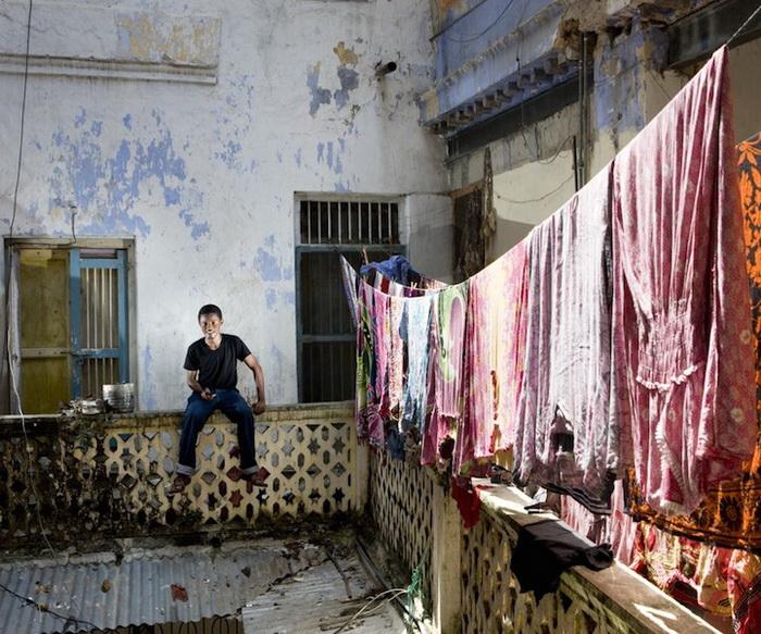Каучсерфинг: Psam, г. Стоун Таун, Занзибар. Фотопроект от Габриэле Глимберти (Gabriele Galimberti)