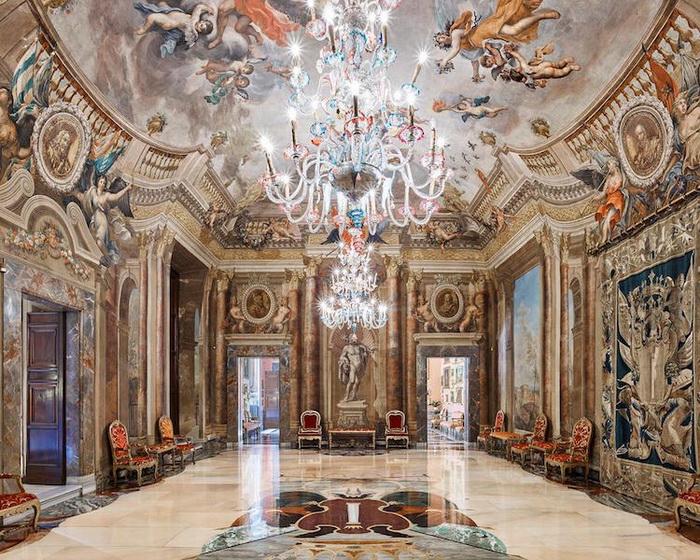 Апартаменты принцессы Изабеллы в палаццо Колонна, Рим, Италия, 2016. Фотоцикл от Давида Бардни (David Burdeny)