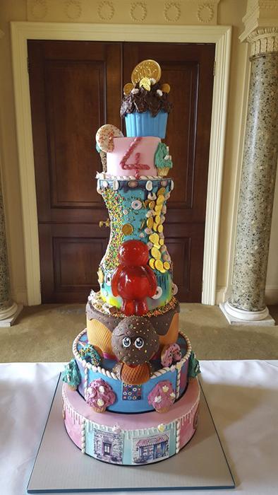Торт, идея которого вдохновлена шоколадной фабрикой Вилли Вонка.