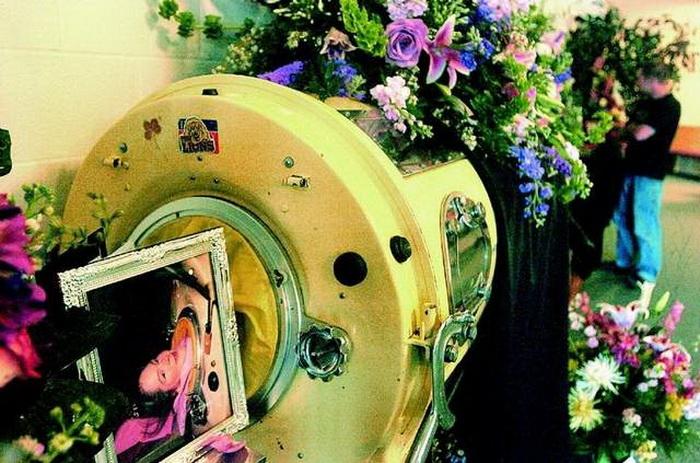 Диана Оделл умерла в 2008 году во время отключения электричества