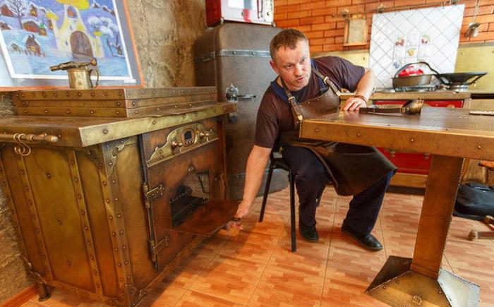 Кухня Дмитрия Тихоненко в стиле стимпанк