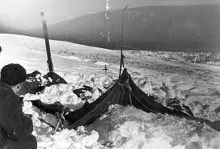 Палатка, обнаруженная спасателями