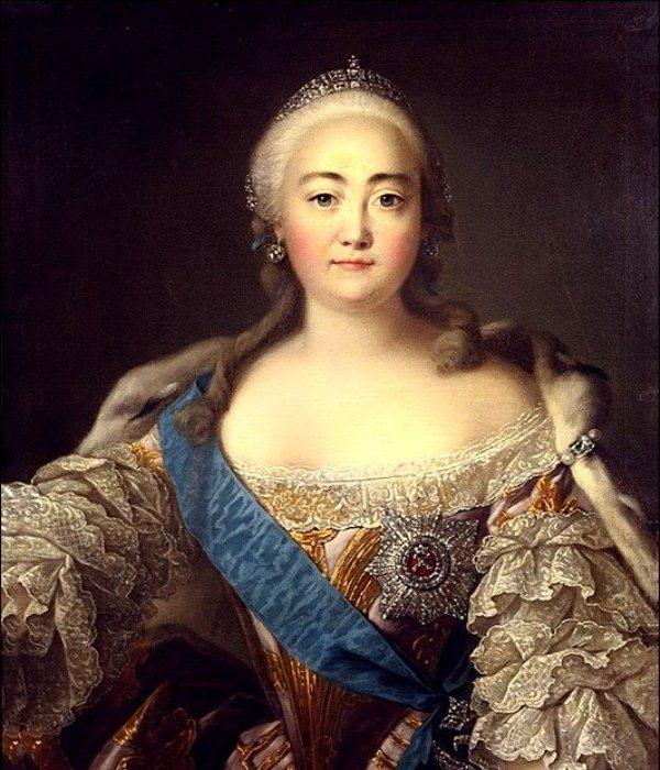 Елизавета Петровна - императрица-щеголиха.