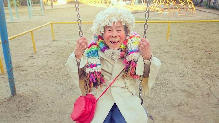 Emiko Weavings - 93-летняя фотомодель